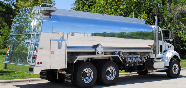 Fuel tank trucks bulk oil trucks def equipment oilmens for Used motor oil pickup