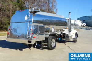 bucket box style single axle fuel truck